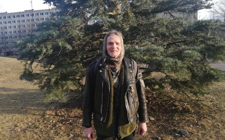En vanskelig barndom, helseproblemer og rus i mange år. Morten Kilvær har hatt sitt å stri med. I fjor flyttet han i egen bolig. -Jeg har aldri hatt det så godt som nå, sier han.