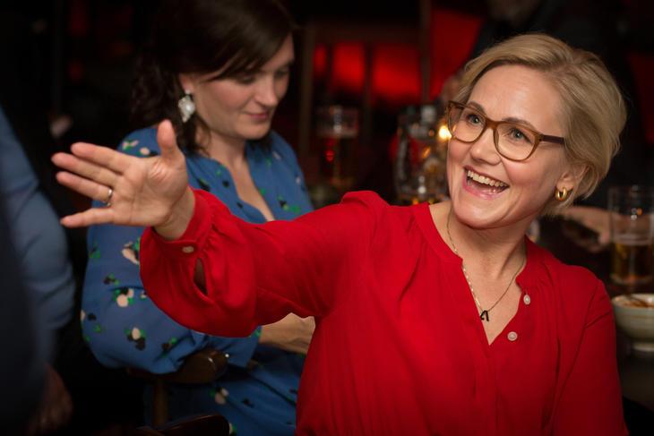 Er hun den kommende helseministeren? Ingvild Kjerkol jublet på Trøndelag Arbeiderpartis valgvake mandag kveld