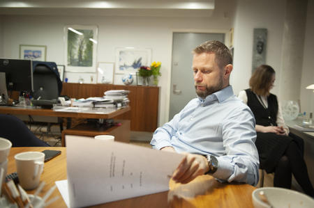 – Kommunepolitikerne må være opptatt av hvordan bedre livssituasjonen for disse innbyggerne, sier helseminister Bent Høie (H).